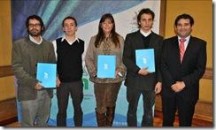 Estudiantes de la UM trabajaron en diseño y producción de libro que contiene material