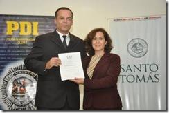 Universidad Santo Tomás realiza curso de inglés a policía de investigaciones