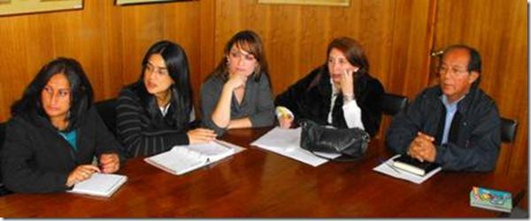 Vecinos de Villa Estación se reunieron con directivos de Salud Municipal en Villarrica