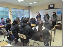 Alcalde de Curarrehue se reúne con alumnos del Liceo Monseñor Francisco Valdés Subercaseaux