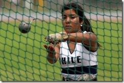 Belén Quintana, campeona sudamericana escolar de lanzamiento de martillo