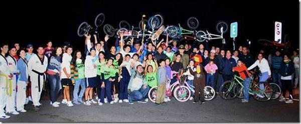 Exitosa Corrida Familiar Nocturna dio cierre a mes aniversario en Villarrica