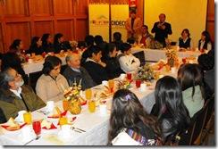 Municipio de Villarrica entregó becas municipales a estudiantes universitarios