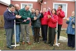 Alcalde Becker e intendente encabezaron entrega oficial de 48 viviendas a familias erradicadas de campamentos de Temuco