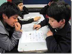 EXPLORA CONICYT llevó Taller de Juegos Ancestrales Mapuche a escuela rural