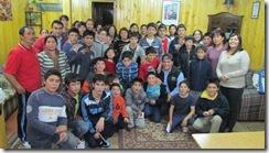 Alcalde de Carahue y Equipo Conace Previene se reúnen con familiares de niños que participan en Escuelas de Fútbol