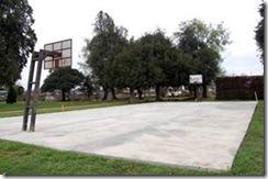 Aprueban millonarios recursos para reparar canchas de básquetbol y patinaje en estadio Germán Becker