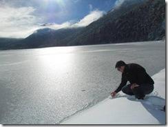 Se congela laguna Quillelhue de Curarrehue