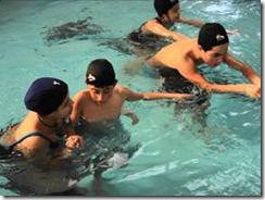 Escolares de Temuco aprenden a nadar
