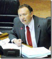 Senador José García Ruminot preside seminario sobre la institucionalidad forestal y ambiental para Chile