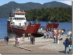 Barcaza Hua Hum será reparada en los próximos días