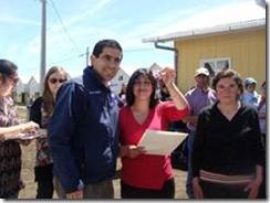 Familias reciben llaves de sus viviendas en Curacautín