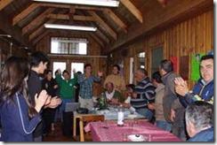 Staff de voluntarios de la OMJ Villarrica alegraron tarde a beneficiarios del Hogar de Cristo