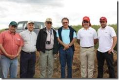Productores de canola participan en Día de Campo