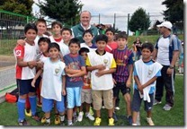 Alcalde Becker dio puntapié inicial en remodelado Estadio de Campos Deportivos
