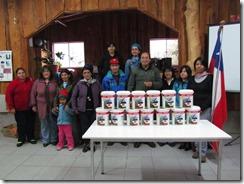 Municipio de Curarrehue entrega pintura a colegio rural