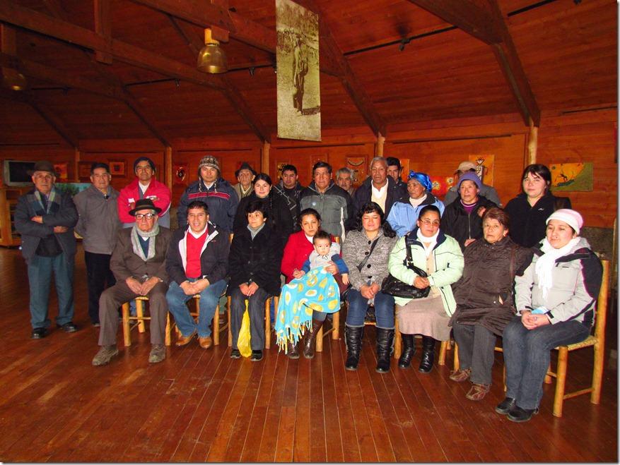 24 familias de Curarrehue recibieron subsidio que les permitirá ser propietarios de su casa propia (2)