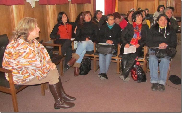 mujeres auditorium (2)