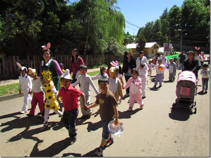 Con desfile es celebrado la semana del párvulo en Curarrehue