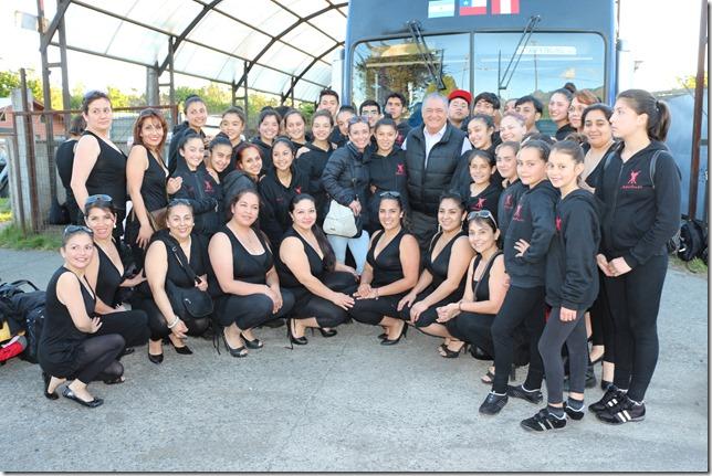 Escuela Municipal de Danza participa en Santiago