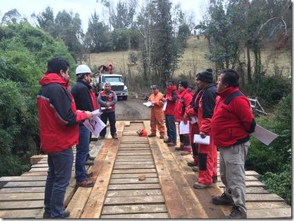 Funcionarios de área Puentes de Vialidad fueron capacitados en Primeros Auxilios   (1)