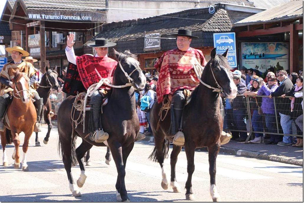FOTO desfile patriótico 3