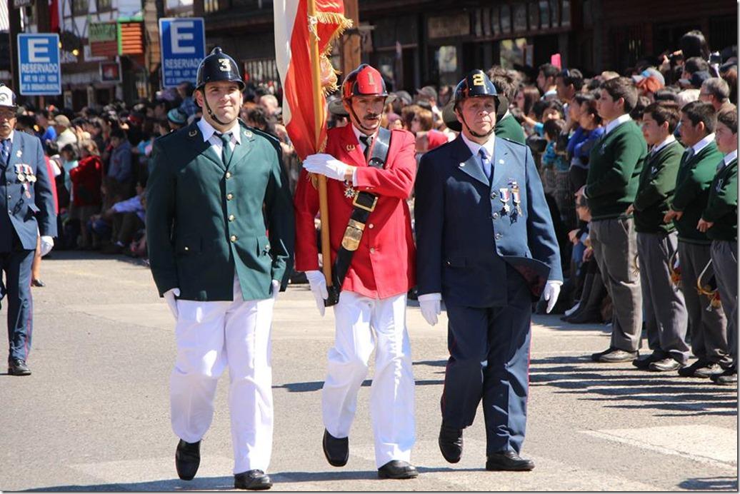 FOTO desfile patriótico 4