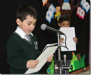 FOTO niños aprenden a leer 1