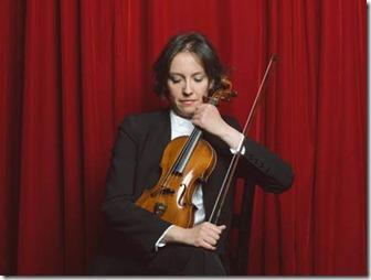 Alejandra Urrutia (violín 1)