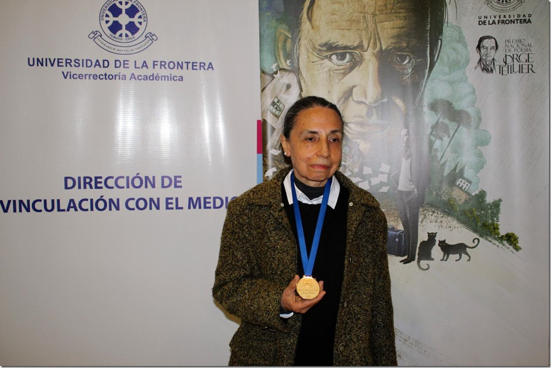 elvira hernandez, premio nacional poesia 2018 (2)