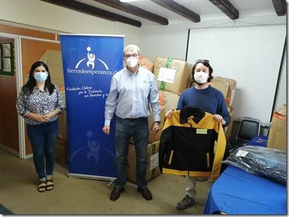 Donación ropa Finning y Martin G a FTDE TEMUCO (4)